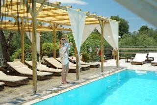 pool corfu spiti nikos sunbeds area