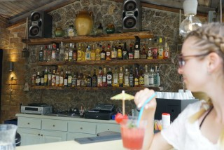 snack bar spiti nikos coktails