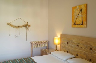 studio apartment spiti nikos bed